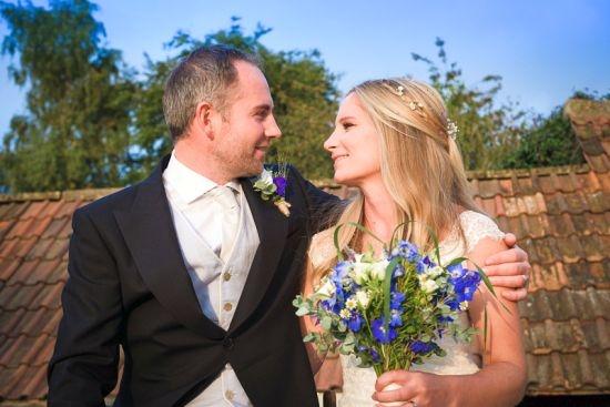 Bride-Groom-country-wedding-flowers