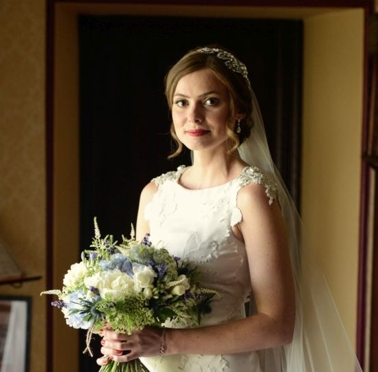 Bride-country-hand-tied-peonies-hydrangea