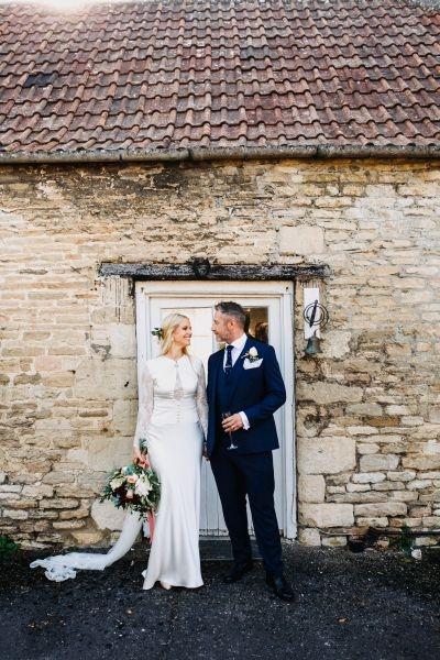 Wedding bouquet, barn