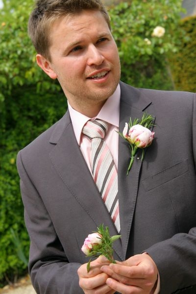 Groom-buttonhole-pink-peony