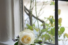 Buttonhole-white-rose