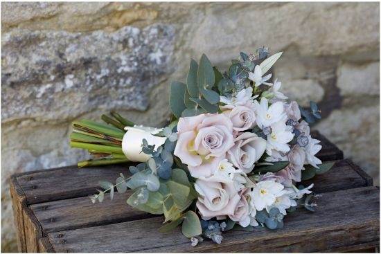 Bridesmaid's bouquet - roses, narcissi, foliage